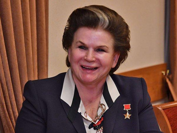 СМИ вспомнили, как Терешкова нахваливала брежневскую Конституцию
