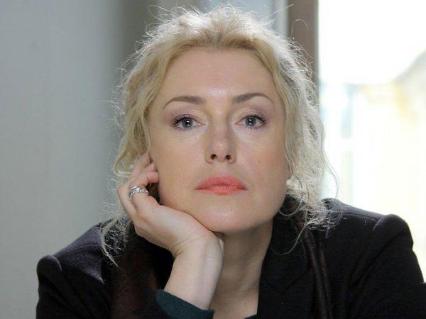 """""""Вирус не сильнее Бога!"""": Марию Шукшину возмутило поведение РПЦ в условиях пандемии"""
