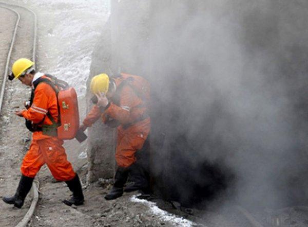 Два человека погибли вшахте вКоми из-завыброса метана