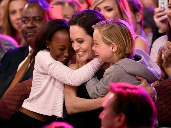 СМИ: две дочери Анджелины Джоли перенесли операции