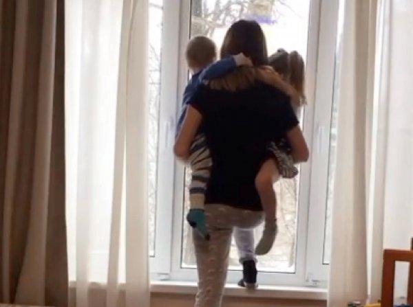 Затравленная после гибели мужа в бане блогер Диденко шагнула в окно с детьми (ФОТО)