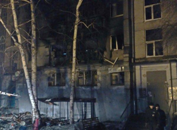 В Магнитогорске после взрыва в доме введен режим ЧС (ВИДЕО)
