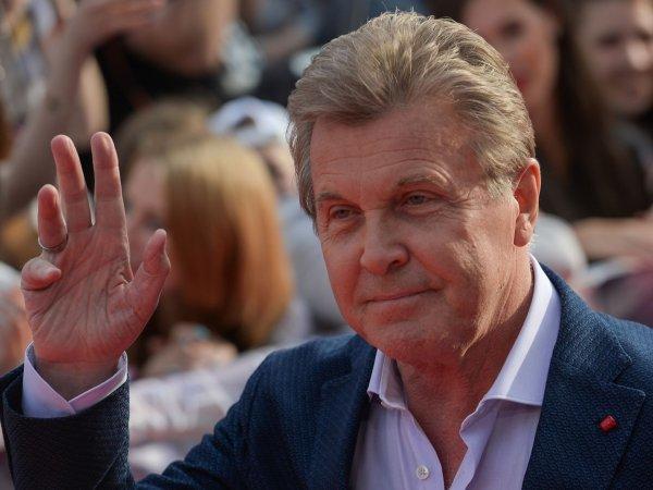Врачи спасают 78-летнего Лещенко: у певца подтвердился коронавирус, он в реанимации