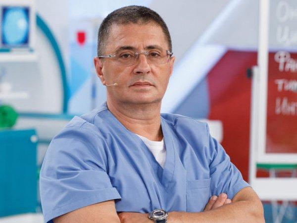 Доктор Мясников рассказал о защите от коронавируса, которую можно купить в любом магазине
