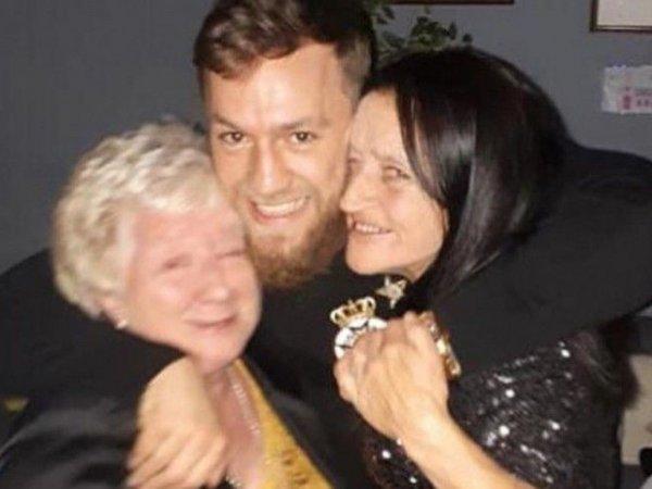 Тётя Макгрегора умерла от коронавируса