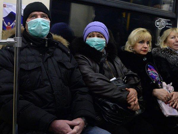 Эксперт объяснила, могли ли россияне массово переболеть коронавирусом еще в начале года