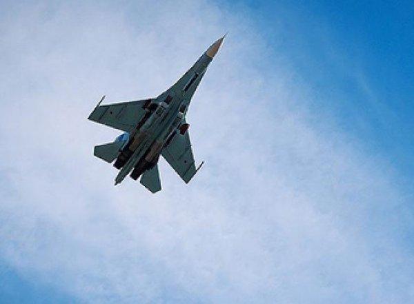 Российский самолет Су-27 упал в Черное море