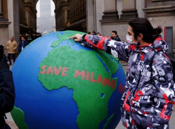В Италии запретили чемпионат по футболу и все массовые мероприятия из-за коронавируса