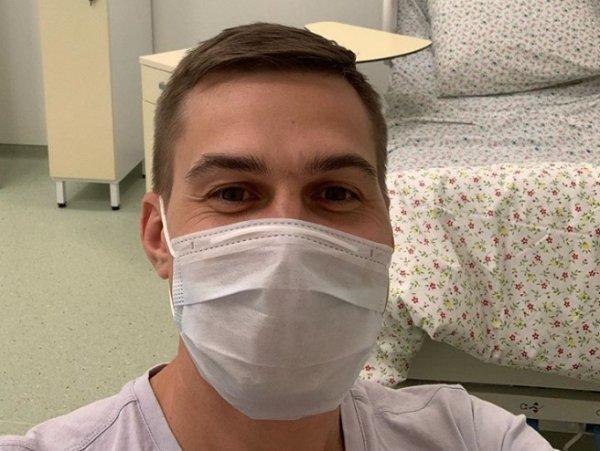 Першит в горле, ломит тело: заболевшие коронавирусом рассказали о симптомах инфекции