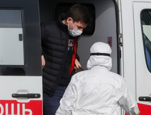 В РФ за сутки выявили 1667 новых случаев COVID-19: всего свыше 13,5 тысяч заразившихся