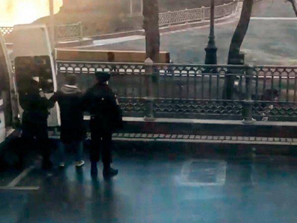 Москвичу Иисусу Воробьеву грозит арест за выгул собаки во время режима самоизоляции (ВИДЕО)