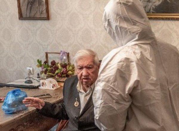 Врач рассказал, чем опасен карантин для стариков