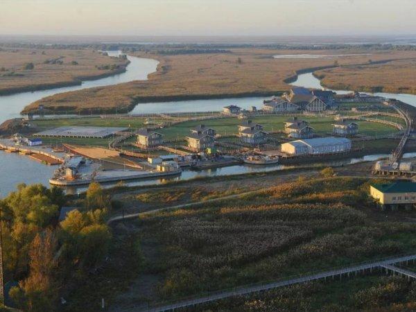 СМИ нашли секретный остров Дмитрия Медведева для рыбалки на Волге (ВИДЕО)