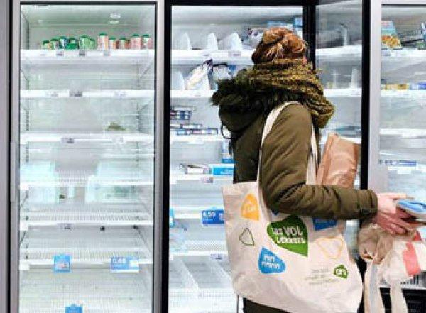 Роспотребнадзор объяснил, как правильно выбирать продукты в условиях коронавируса