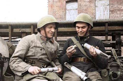 Уникальные цветные фото времен второй мировой войны