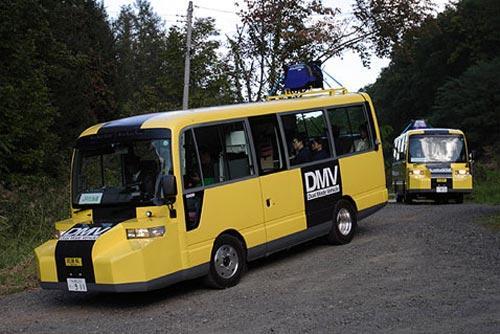 В Японии запущен рельсовый автобус