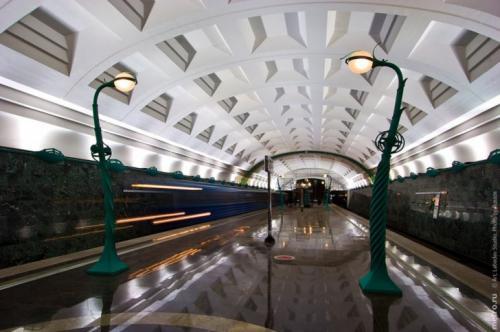 """17 """"волшебных"""" станций метро со всего мира"""