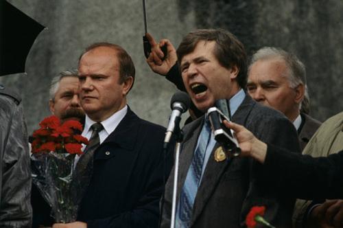 Как сейчас живут политики и бизнесмены, олицетворяющие 90-е годы