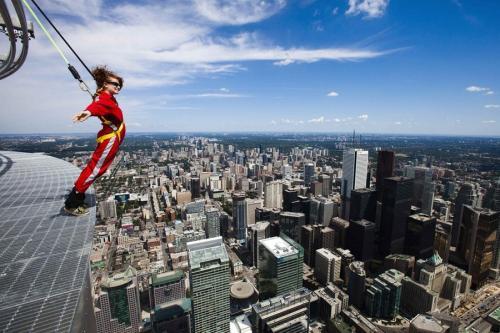 Аттракцион EdgeWalk в Торонто: для любителей экстрима