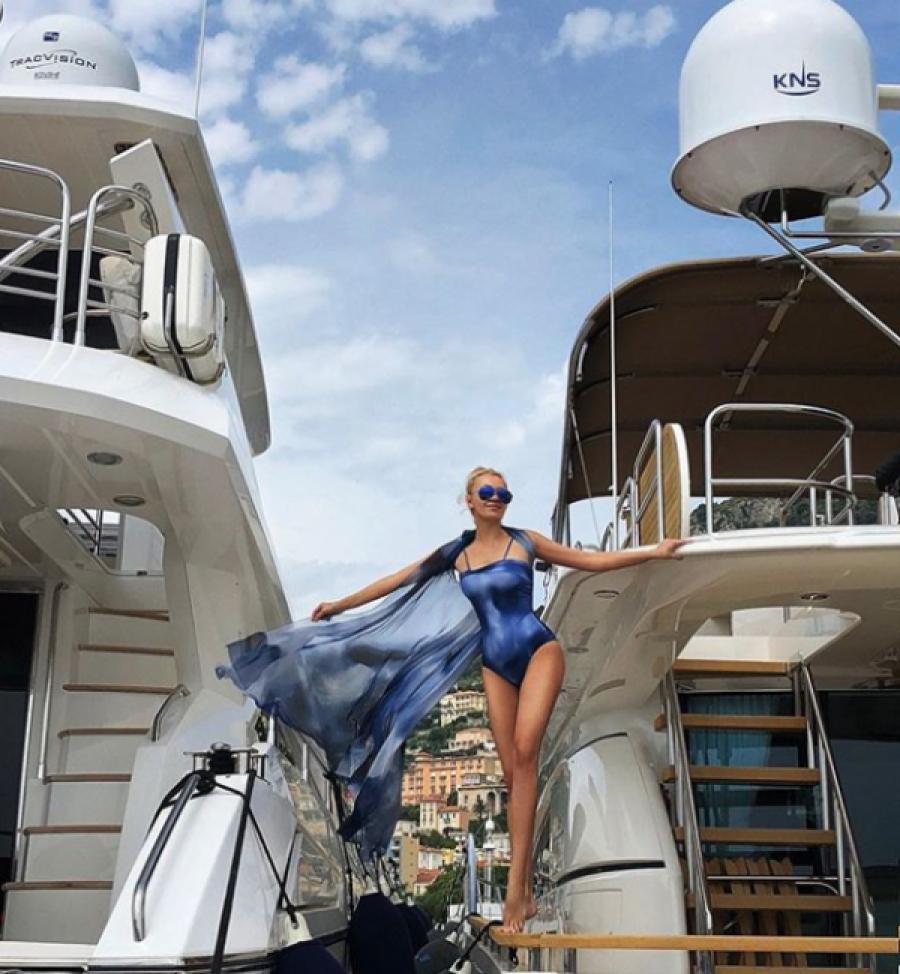 греко-католическая фото яны рудковской на яхте одной задачей