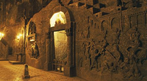 Самые таинственные подземные города в истории