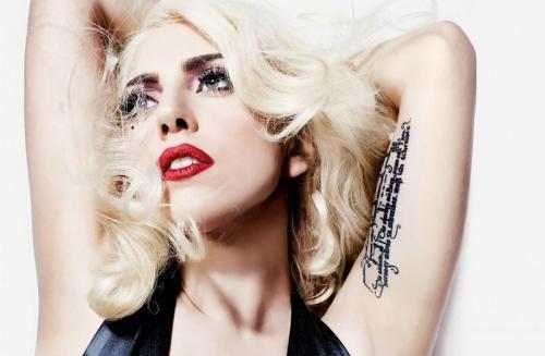 10 знаменитых брюнеток, которые прославились как блондинки