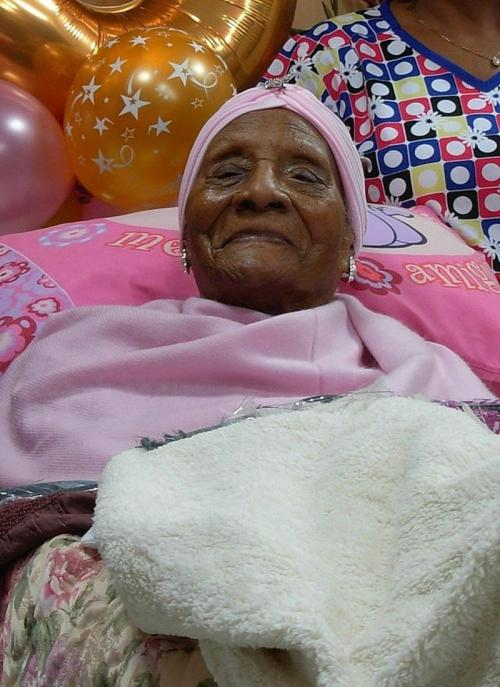 Долгожители планеты: 15 людей, которые прожили больше 110 лет