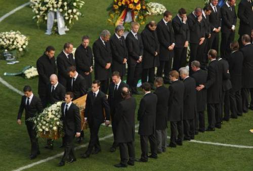 Известные спортсмены, совершившие самоубийство
