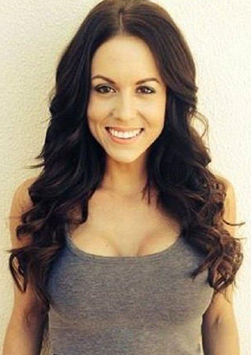 31-летняя австралийка обрела радость жизни, избавившись от грудных имплантов