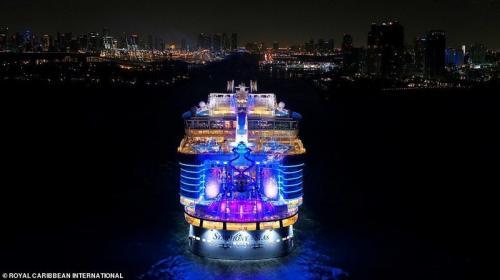 Как выглядит самый большой в мире круизный лайнер