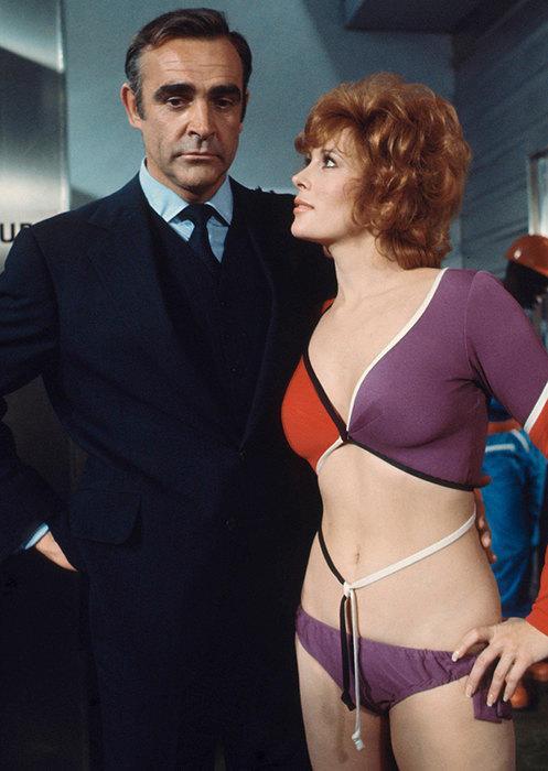 Джеймс Бонд и его девушки