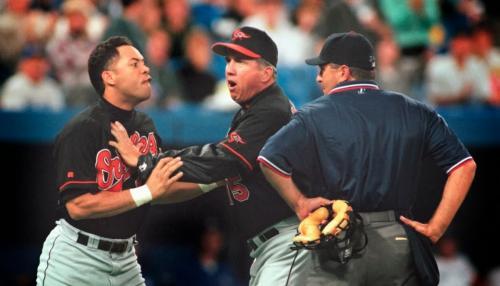 10 неспортивных моментов в спорте