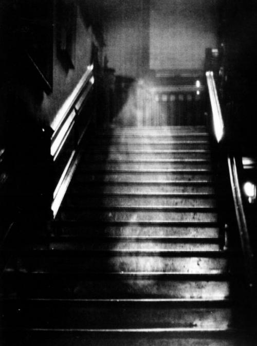 Самые известные в истории неподдельные фото призраков