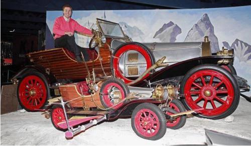 Выставка знаменитых голливудских автомобилей