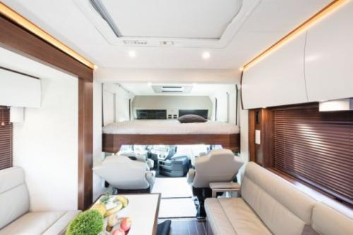 Signature 1200 – дом на колесах за 1,4 миллиона долларов