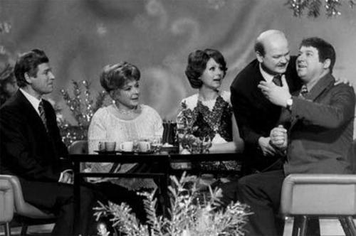 """Что стало с любымыми актерами из """"Кабачка 13 стульев?"""""""