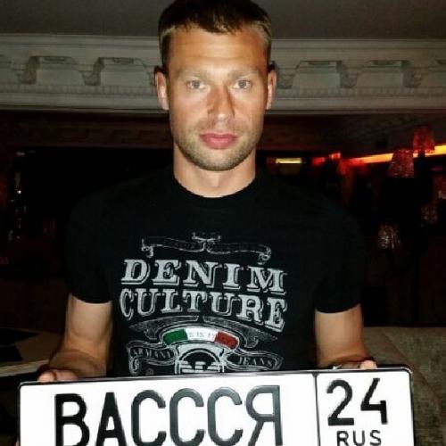 Самые неожиданные фото российских футболистов из Сети