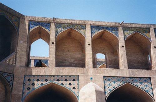Древние мосты, которые используются до сих пор