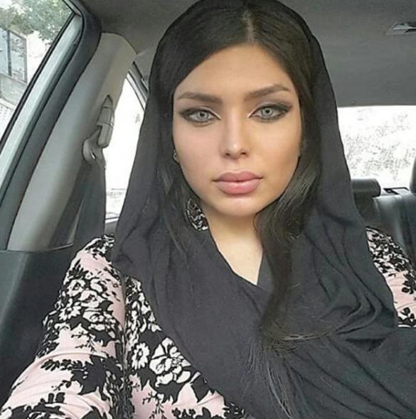 """В Иране арестовали моделей за публикацию """"антиисламистских"""" снимков в Инстаграме"""