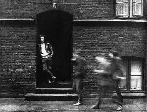 Увидели свет редкие фотографии Beatles