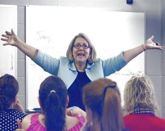 В Америке учителям разрешили спать с учениками