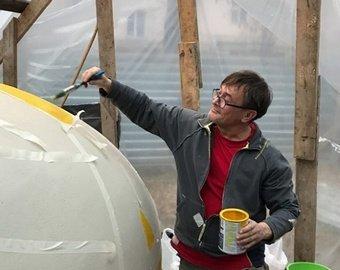 В Новосибирске отлили из бетона яйцо