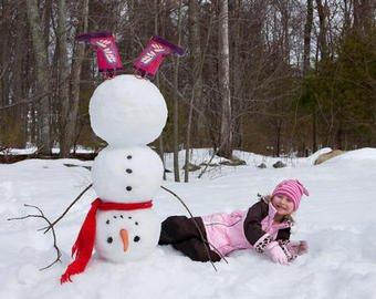 Жительница избила ребенка за сломанного снеговика