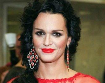 Певица Слава показала, как выглядит без макияжа