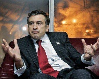 Саакашвили рассказал, где научился жевать галстук