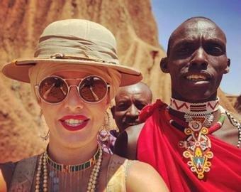 Собчак устроила «демонические» танцы в Кении