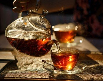 Необычный способ заваривать чай возмутил британцев