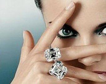 Девушка проглотила кольцо, испугавшись грабителей которые ей приснились
