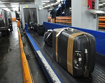 Чемодан совершил побег в аэропорту Шереметьево