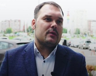 Депутат опозорился с ответом на вопрос, почему белые медведи не едят пингвинов